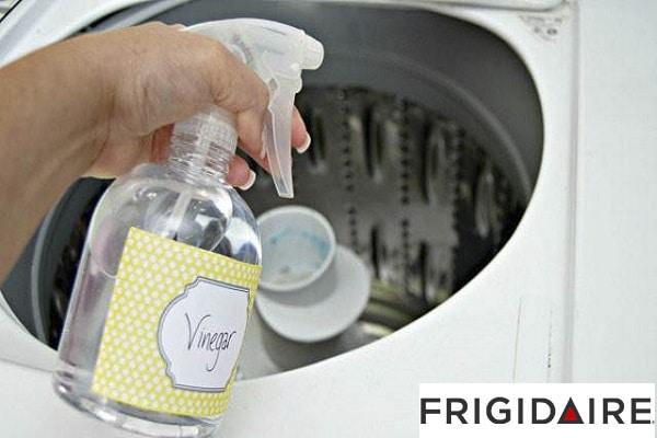 سرکه برای بوی بد لباسشویی